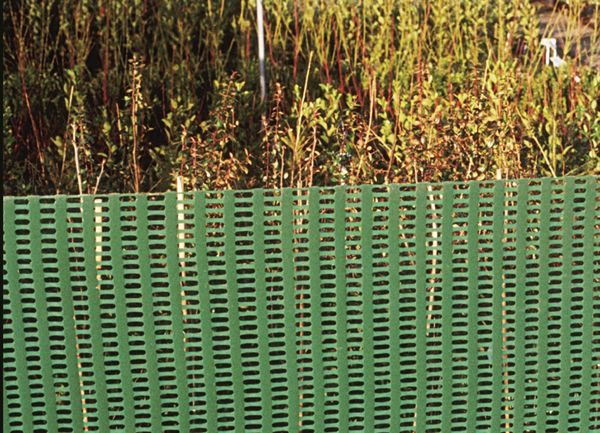 Plastic mesh netting garden fencing plant