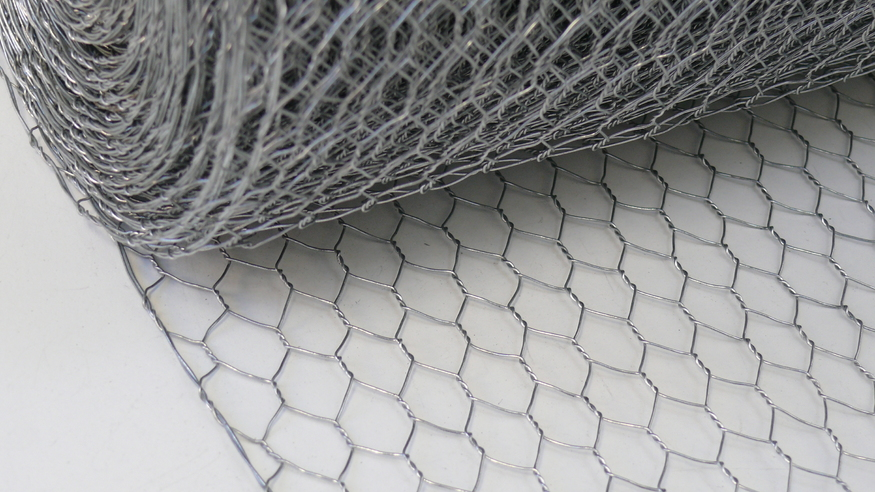 1200mm x 25m Roll Hole 1//2 The Mesh Company Chicken Rabbit Wire Mesh Animal Fence Galvanised Steel Metal Garden Netting Fencing 13mm