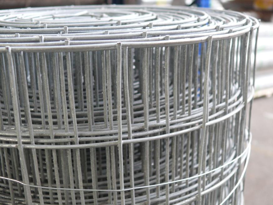 Welded wire mesh galvanised steel fencing rolls heavy duty weld mesh 09m3ft x 125m 50mm holes keyboard keysfo Choice Image