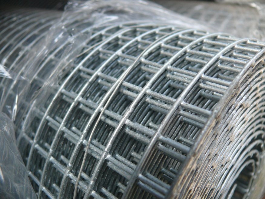 Galvanised Wire Mesh 6mm Square Hole Size 3ft X 30m Fencing
