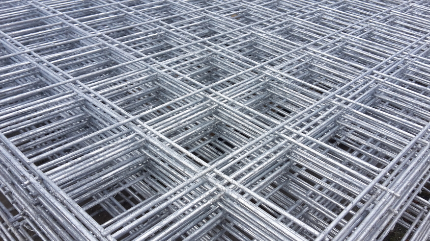 Welded Mesh Panel 2.44mx1.22m, 8ft x 4ft | 100mm / 3inch holes | 10swg