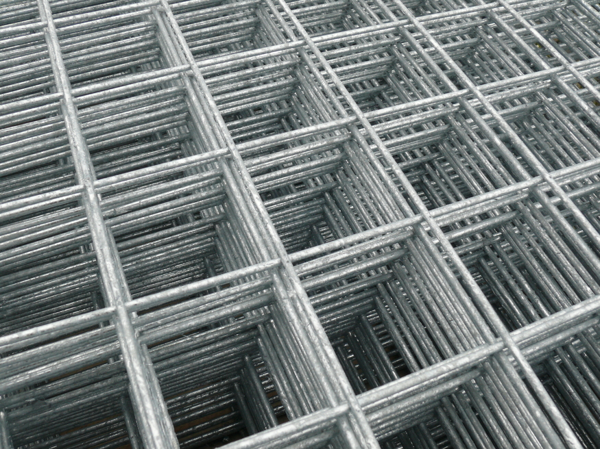 6ft x 3ft Welded Wire Mesh Panel | 75mm/3inch holes | 6 SWG | 1.8x0.9m