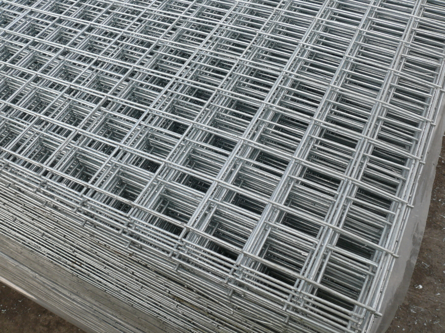 Galvanised Pre Weld Mesh Sheets 8ft x 4ft | 2.4mx1.2m | 50mm/2inch holes