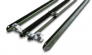Green 2-Way Post for 1.2m Chain Link ...