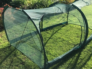 Cloche Grow Tunnel 4mm Netting ~ 2m long x 1m x 1m