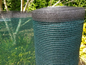 90% Shelter & Shade Netting - Green Knitted Fencing Mesh - 1.5m x 50m