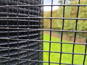 Black PVC Coated Welded Wire Mesh 3ft x 30m (½x½ inch holes) 19 swg