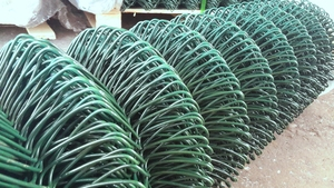Green PVC Coated Chain Link Fence 1.8m X 25m ~ 50mm 2.5/1.7mm