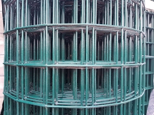 "Green PVC Welded Steel Mesh 1m x 33m (75mm/3"" hole), 3.55mm/10swg"