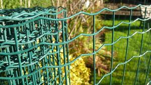Welded Wire Mesh 0.9m x 10m Green PVC Coated Steel Fencing 25mm// 1 holes 15 Gauge Garden Fence
