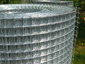 Galvanised Welded Wire Mesh 3ft x 30m Roll 12x12mm holes / 19 swg (1mm) - European