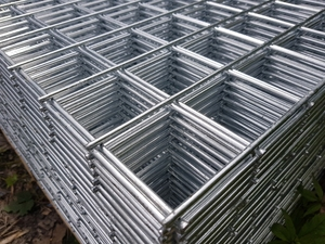 "Stainless Steel Weld Mesh Panel 8ft x 4ft - 1""x1"" (3mm Wire) - 304 Grade"