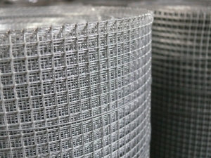 Galvanised Wire Mesh 4ft x 6m ~ 6x6mm Aperture / 23 swg (0.6mm)
