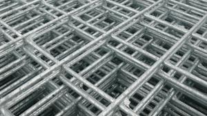 "Weld Wire Mesh Panel 2.44m x 1.22m - 25mm/1"" holes (10 gauge)"