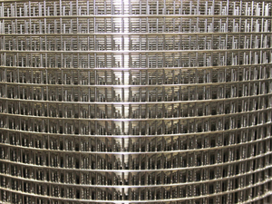 "Stainless Steel 304 Weld Mesh 0.9m/3ft x 30m Roll 1/4"" x 1/4"" / 22 swg"